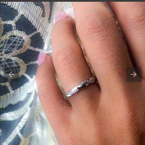 ⭐️NEW Braided Eternity Ring